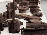 Models (2005), burned clay, 70 objects in different sizes.